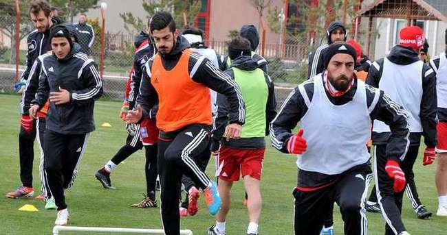 Sivasspor'da hedef yarı final