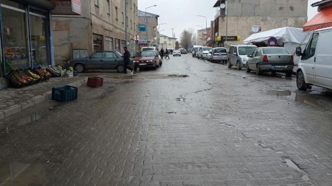Diyadin'de Kepenkler Açıldı