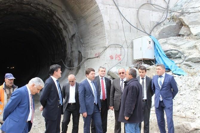 Akparti Milletvekili Adayları Kozcağız Barajı Şantiyesi'nde