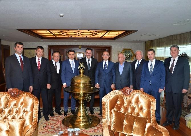 Ankara Büyükşehir Belediyesi'nden Çanakkale'deki Bazı Belediyelere Büyük Destek