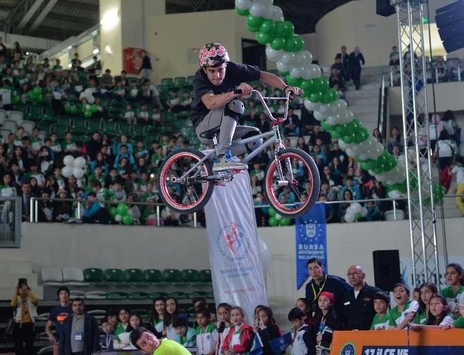 Uçan Bisikletler