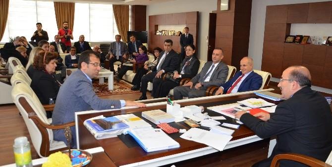 CHP'li Belediye Başkanları İmamoğlu Ve Akgün'den Başkan Gümrükçüoğlu'na Ziyaret