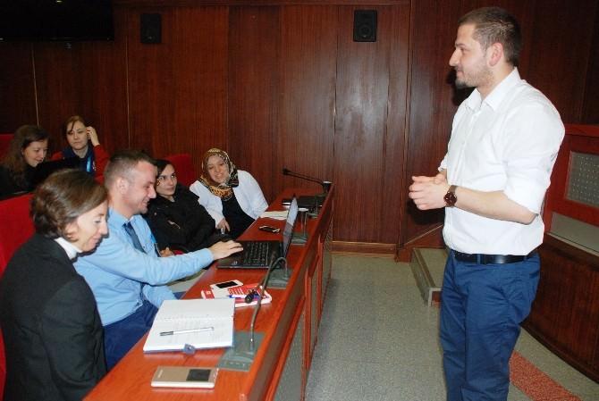 İzmit Belediyesi Çalışanları Proje Çalışmasında