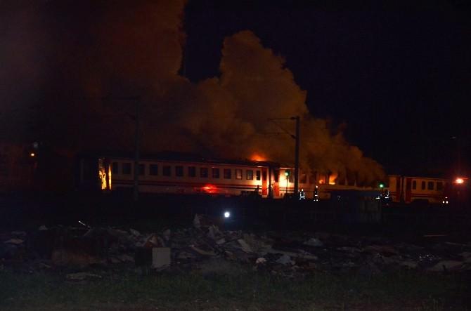 Tamir İçin Bekleyen Vagonda Yangın Çıktı