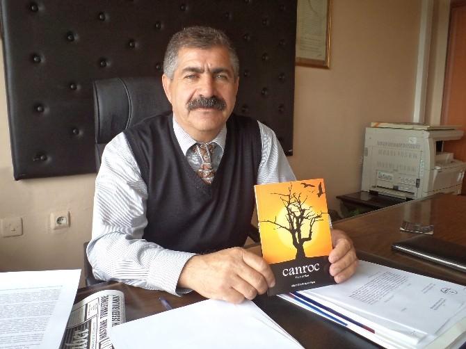 Yazı İşleri Müdürü Arslan Şiir Kitabı Çıkarttı