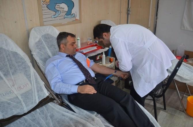 Kızılay Kan Bağışı Tır'ı Fatsa'da