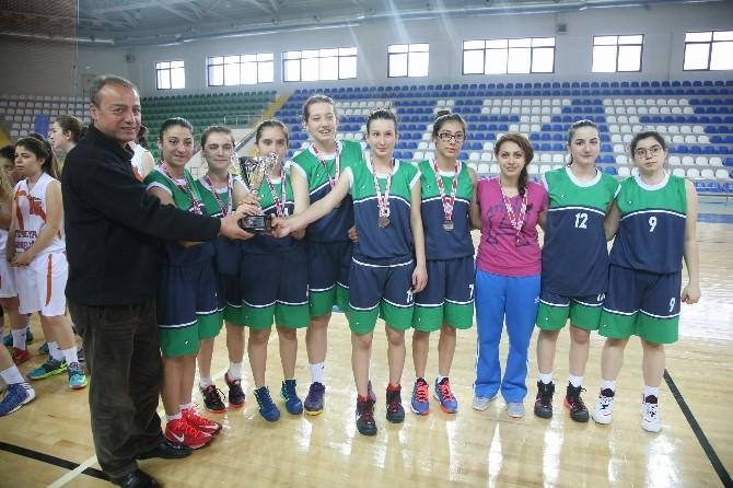 Yıldız Bayanlar Basketbol Anadolu Şampiyonası Sona Erdi