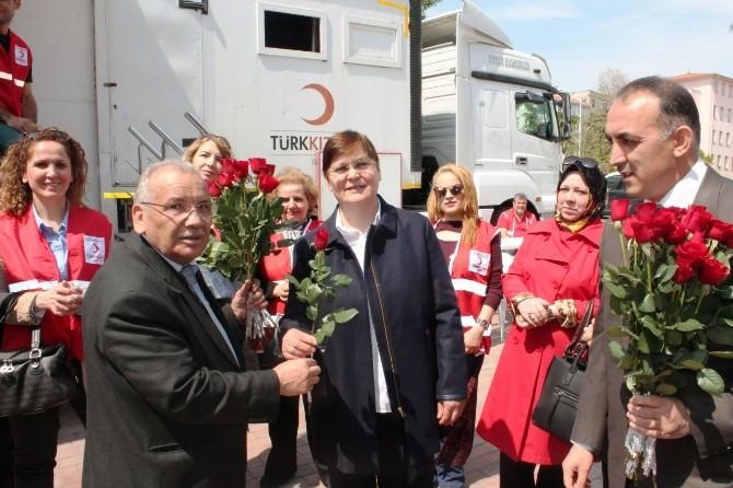 Tekirdağ'da Kutlu Doğum Haftasında Vatandaşlara Lokma Dağıtıldı