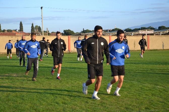 Nazilli Belediyespor'da Camia Play-off'a Kilitlendi