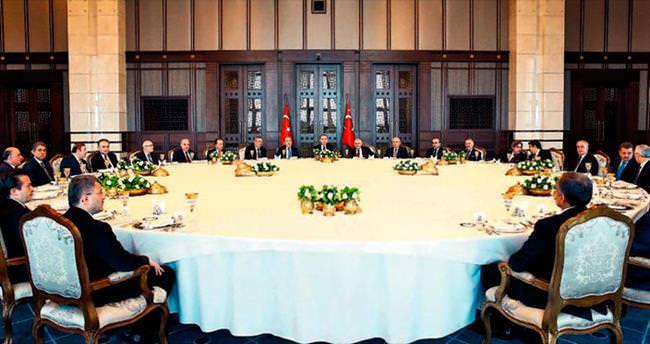 İstanbul'un belediye başkanları Saray'da