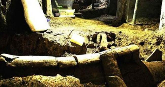 İstiklal'de 1500 yıllık Bizans mezarları çıktı