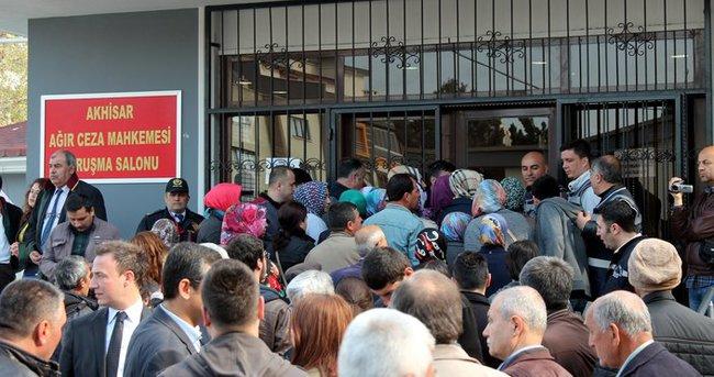 Soma'da 301 işçinin yakınları mahkemede