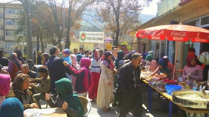 Yığılca'da Öğrenciler Yararına Kermes