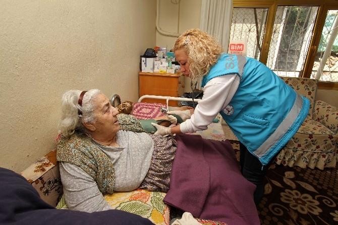 Karşıyaka'da Esdem 100 Hastaya Ulaştı