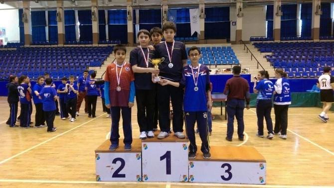 Ancın Koleji'nın Raketleri Şampiyonluğu Gelenek Haline Getirdi