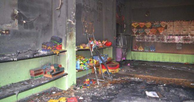 Ana okulunu ateşe verdiler