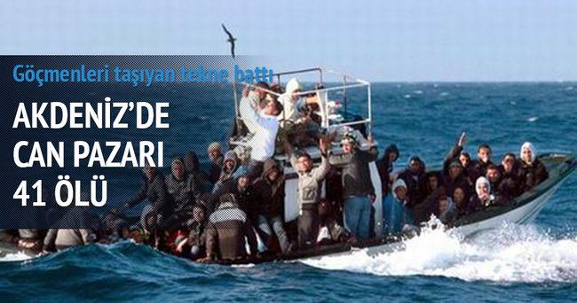 İtalya'da göçmenleri taşıyan tekne battı: 41 ölü