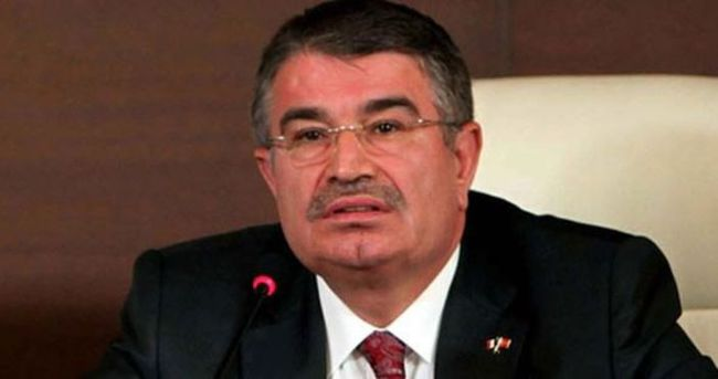 İdris Naim Şahin'in istifasına AK Parti'den ilk tepki