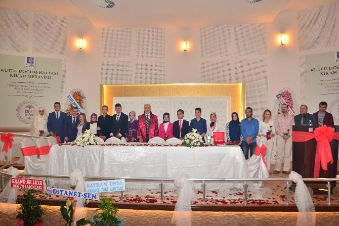 Kütahya Belediyesi, Kutlu Doğum Haftası Nedeniyle Toplu Nikah Töreni Düzenledi