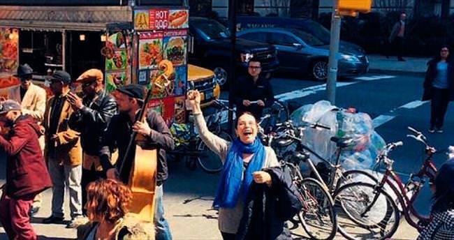 Hülya Koçyiğit'ten New York rehberi