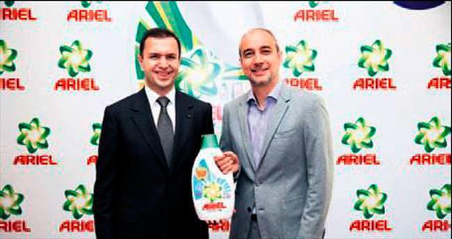 P&G'nin sıvı Ariel'i raftaki yerini aldı