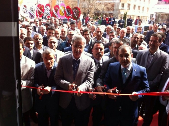 Elazığ'da Göçer İnşaat Tarafından Seranova Mağazası Açıldı