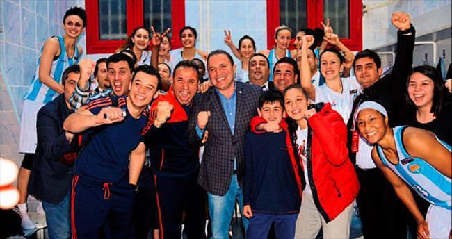 Adana ASKİ yarı finalde