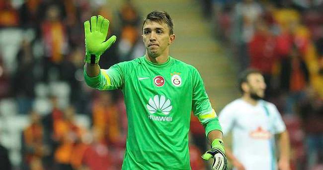 Galatasaray kaleyi kapatamıyor