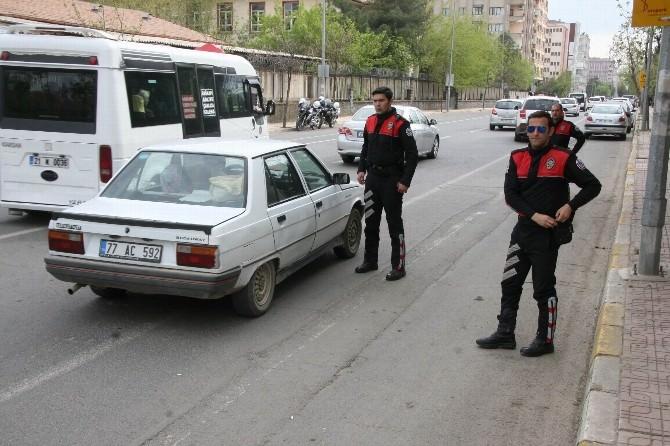 Diyarbakır'da Asayiş Uygulaması Yapıldı