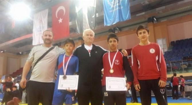Bartınlı Güreşçi Türkiye Şampiyonu