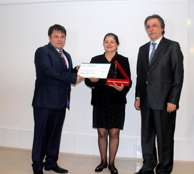 Ziya Eren Bilim Ödülleri Sahiplerine Verildi