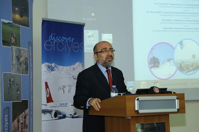 Erciyes Üniversitesi'nde Turizm Paneli