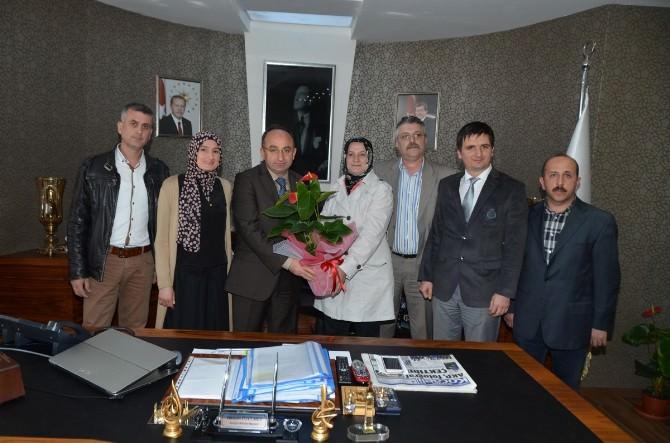 Kartepe Anadolu Lisesi'nden Üzülmez'e Ziyaret
