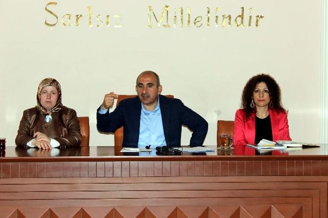 Belediye Meclisi Olağanüstü Toplandı