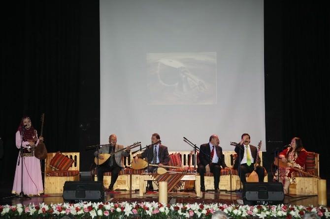 Yksm'de Aşıklar Meclisi