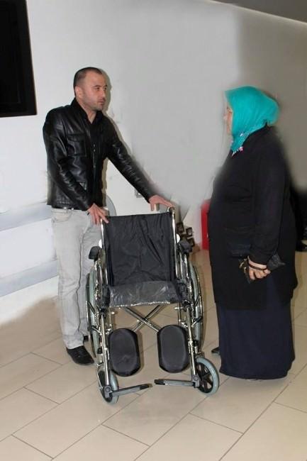 Kızılay'dan Engelli Vatandaşlara Tekerlekli Sandalye