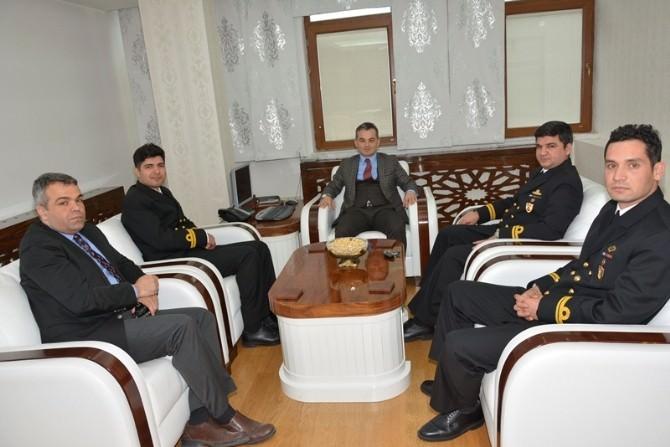 Denizci Komutanlardan Belediyeye Ziyaret