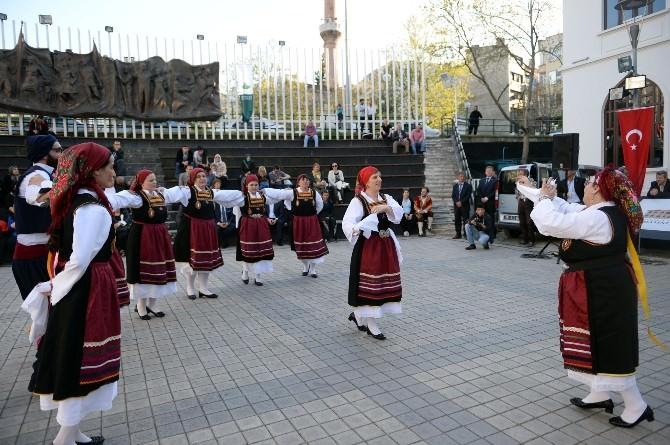 Yunanistan Folklor Ekibi Bursa'nın Fethi Şenliklerine Katıldı