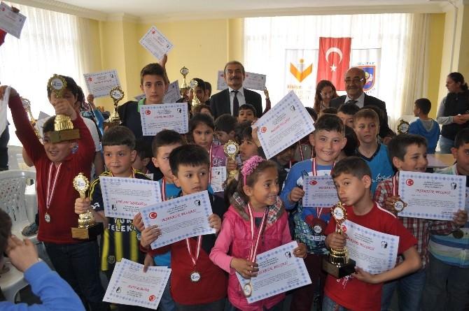 23 Nisan Satranç Turnuvası Ödülleri Verildi