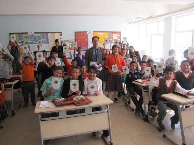 Yerköy'de Öğrencilere Kutlu Doğum Hediyesi