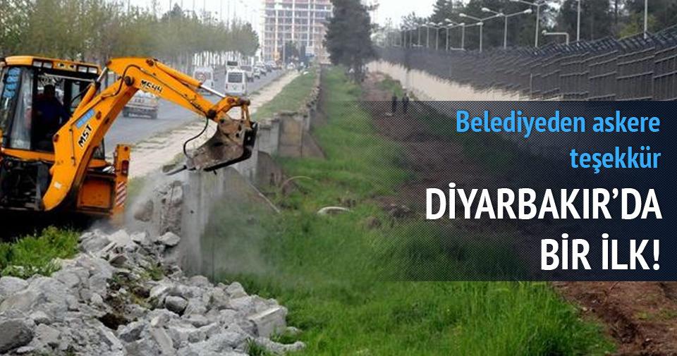 Diyarbakır'da Belediyeden askere teşekkür