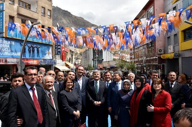 AK Parti Gümüşhane'de Adaylarını Tanıttı