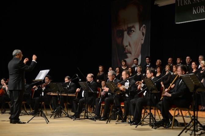 Yeşilkent Türk Sanat Müziği Korosu'ndan Muhteşem Konser