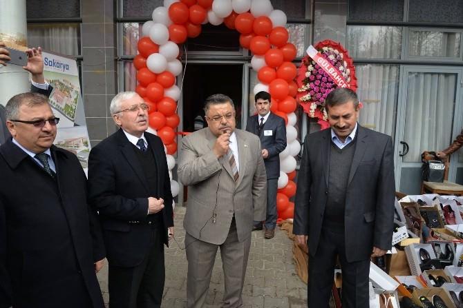 Belediye Başkanı Selim Yağcı Kermes Açılışına Katıldı