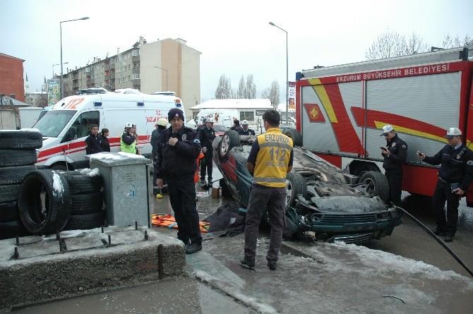 Takla Atan Otomobilde Sıkışan Genç Öldü