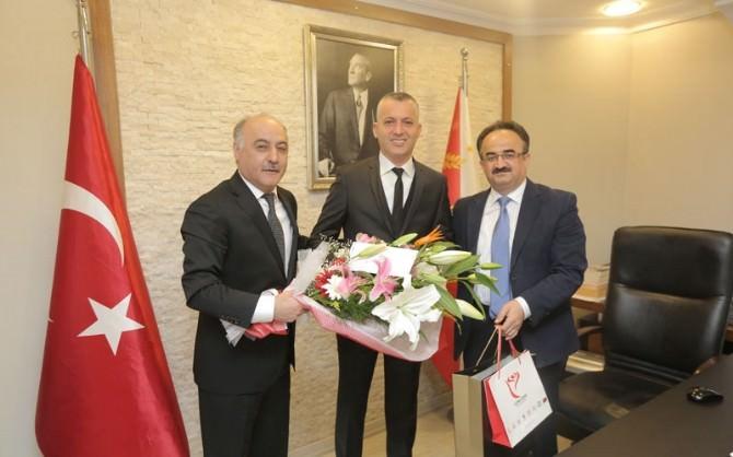 Başkan Karaman, Emniyet Teşkilatlarını Ziyaret Etti