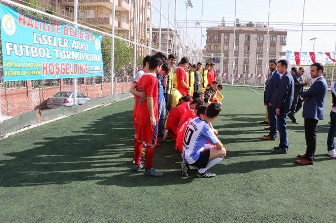 Haliliye Belediyesi'nden Liseler Arası Futbol Turnuvası