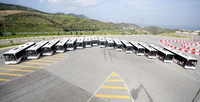İzmir'de ESHOT 1 Yılda 506 Milyon Yolcu Taşıdı