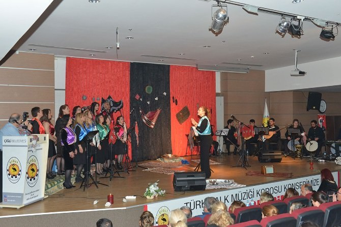 Çiğli'deki Konser Mest Etti