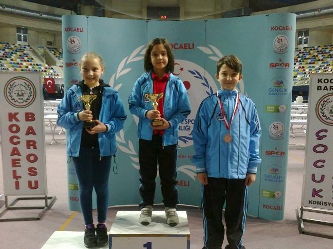 Kağıtsporlu Satranççılar Madalyaları Topladı